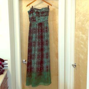 abdfccad56c7 Moulinette Soeurs Dresses - Anthropologie Vernalis Snake-Print Maxi Dress